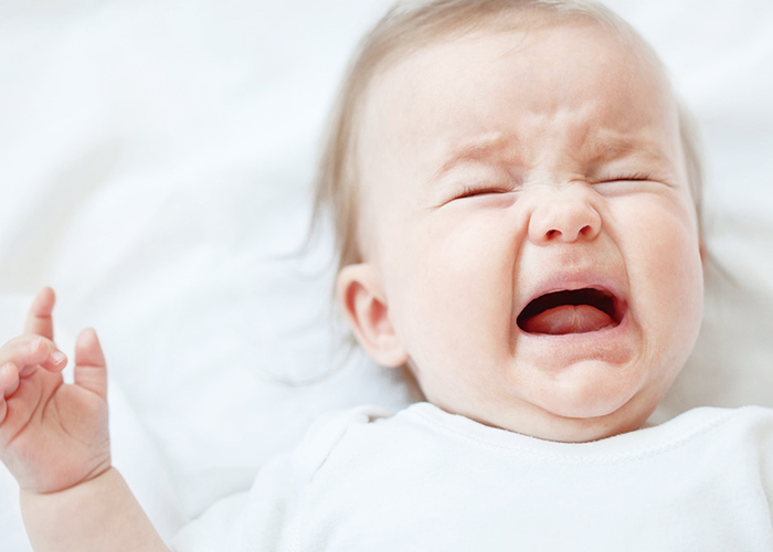 泣いている赤ちゃん|不妊治療HP