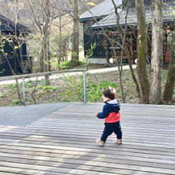 高齢ママに贈る子育て日記【29】|歩きたい盛りの1歳児と新幹線に乗って「軽井沢」へ